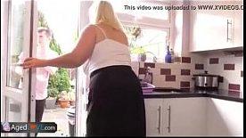 Sexo com Dona de Casa Bucetuda