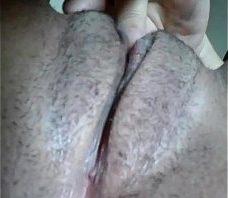 Kamily se masturbando