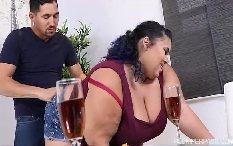 Esposa gordinha muito gostosa fodendo com seu marido