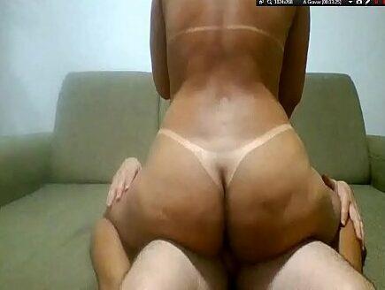 Casal amador caiu na net na Livecam